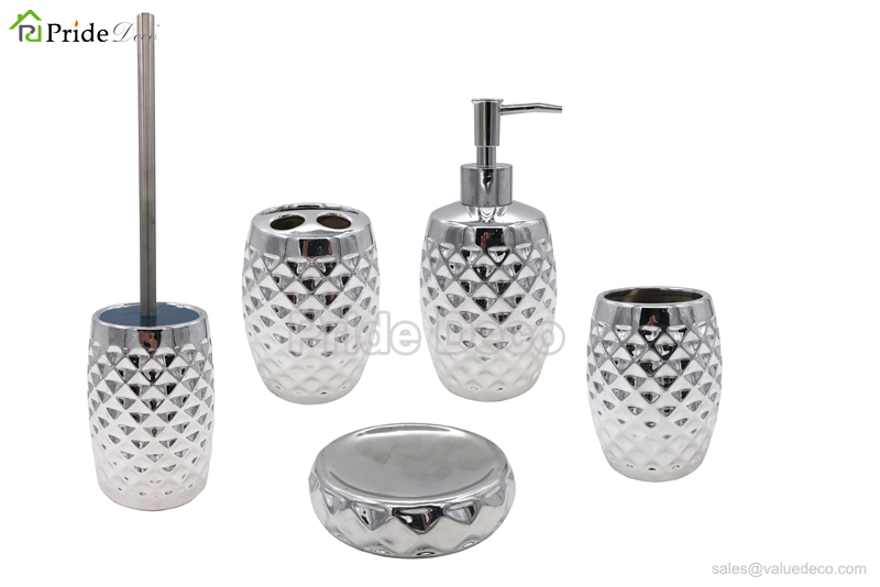 BAST0066 (Ceramic Electroplated Silver Bathroom Accessories Set)